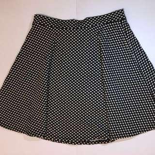 F21 polka-dot black and white skater skirt