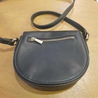 Forever 21 small black zipper front cross body bag