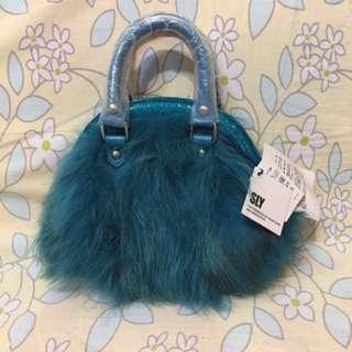 Sly 湖水藍毛毛手袋