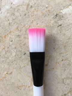 Nylon bristle face brush in pink unicorn