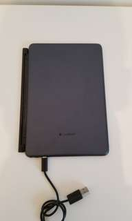 Logitech Keyboard/Case iPad Mini