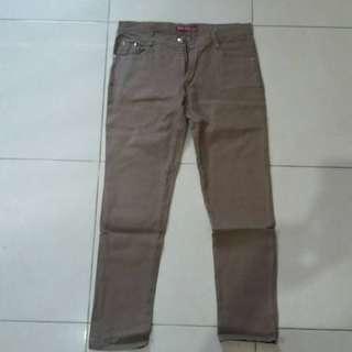 Celana Jeans Stretch Brown