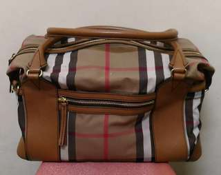 💯Authentic Burberry bag