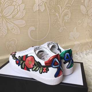 Gucci Floral Embroidered Ace sneaker shoes
