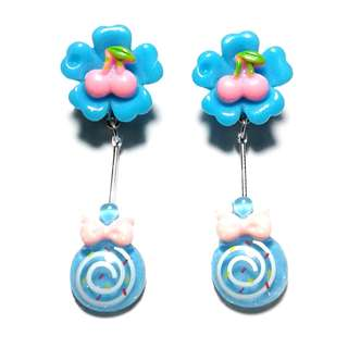 Handmade Korean Style Blue Flower Lollipop Dropping Resin Pain Relief Safety Earring Clip For Kids