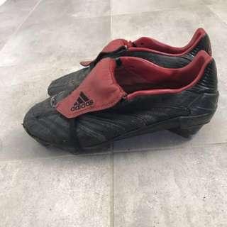 Adidas predators football boots