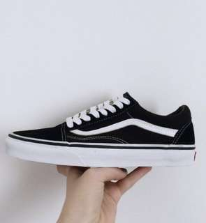 [po CLOSED] Authorised Vans Old Skool Classic