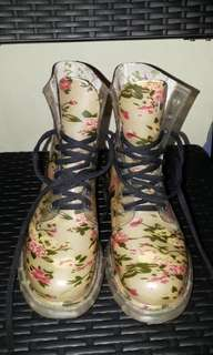 New Girly Floral Boots, Very Good Quality (perfect for rainy seasons!)
