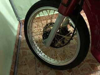 ALOI 17X1.60  BARU PKAI SEMINGGU. MOTO DH JUAL TINGGAL RIM.