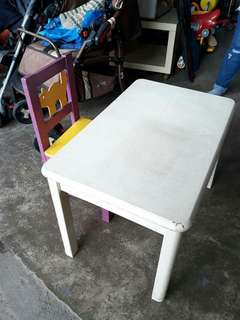 Kids table n chair