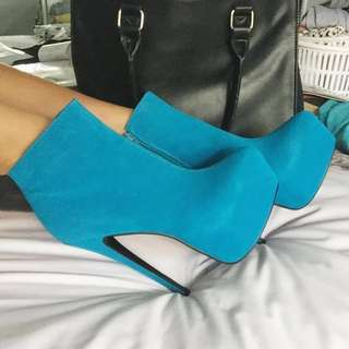 *NEW* Electric Blue Heels