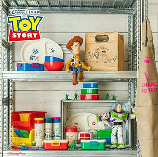 徵Toy story woody Buzz 三眼仔