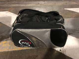 Global 900 2 balls tote bag