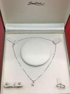 Sookee 18K Diamond Set Jewellery