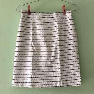 (FREEONGKIR) Black&white skirt