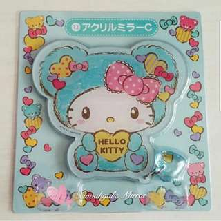 **RESERVE**🔴FREE #Blessing (worth $20)➡️ MY FOLLOWERS ONLY🔴🚫Non Followers cannot get Freebies🚫 🐰BRAND NEW IN PLASTIC (CLEAN)🐰SANRIO ORIGINAL LIMITED EDITION JAPAN Hello Kitty Die-cut Mirror with Crystal Charm!💋No Pet No Smoker Clean Hse💋