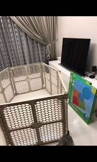 Playpen with opening gate
