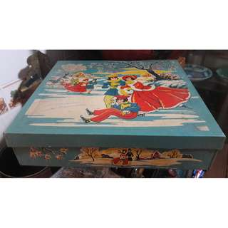 Vintage UK biscuit tin
