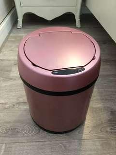 自動感應垃圾桶 95%新