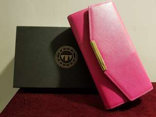 Brand new Toscano Sling Wallet