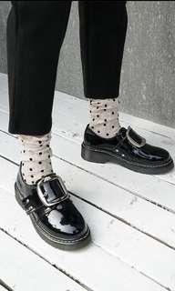 🚚 漆皮方釦皮鞋