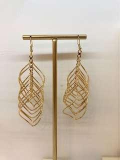 誇張金色耳環 earrings