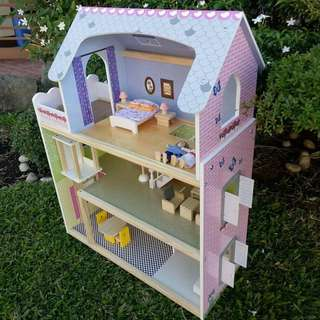Playtive Doll house