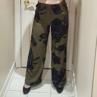 H&m army green floral flowy pants
