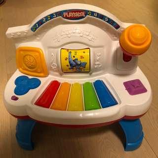 (包順豐) Playskool 發聲燈光彈琴玩具