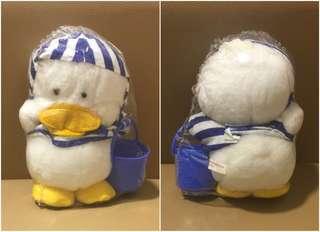 ** 分享 ** Sanrio Ahiru No Pekkle 6 吋高 挽水桶毛毛公仔 (Made in Japan)