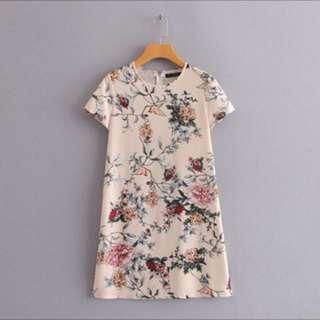 BN Short-sleeved Floral Dress