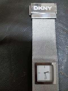 DKNY 方型女裝錶