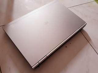 Hp Elitebook 8460p core i5-2520m 4gb ram