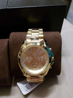 AUTHENTIC MICHAEL KORS ON HAND ITEM PICK UP ANYTIME