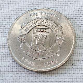 Manchester United The Treble 1998/99 Lot of 3 Tokens - 21 Henning Berg, 6 Jaap Stam, 5 Ronny Johnsen
