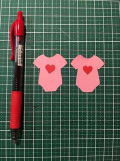 Handicraft Romper for cake/cupcake toppers