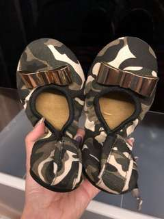 💯Authentic Butterfly Twists Camo Design