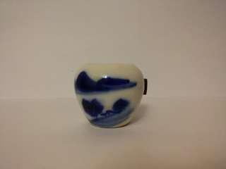 古典青花手繪山水畫陶瓷相思雀杯一隻