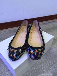 Christian Louboutin 平底鞋