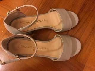 灰色韓國涼鞋(Made in Korea) 95% new