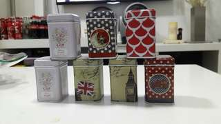 7 Small Tin collectable