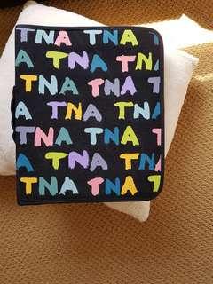 TNA Binder