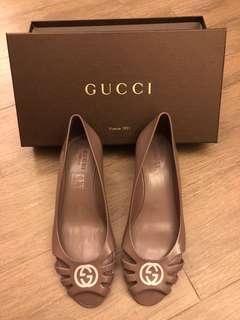 Gucci 膠鞋