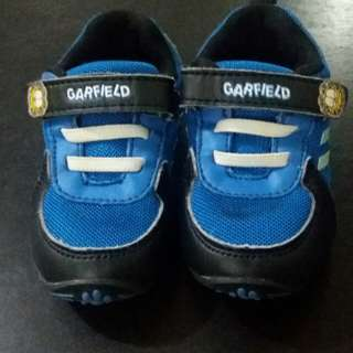 Size 22 Garfield Shoes