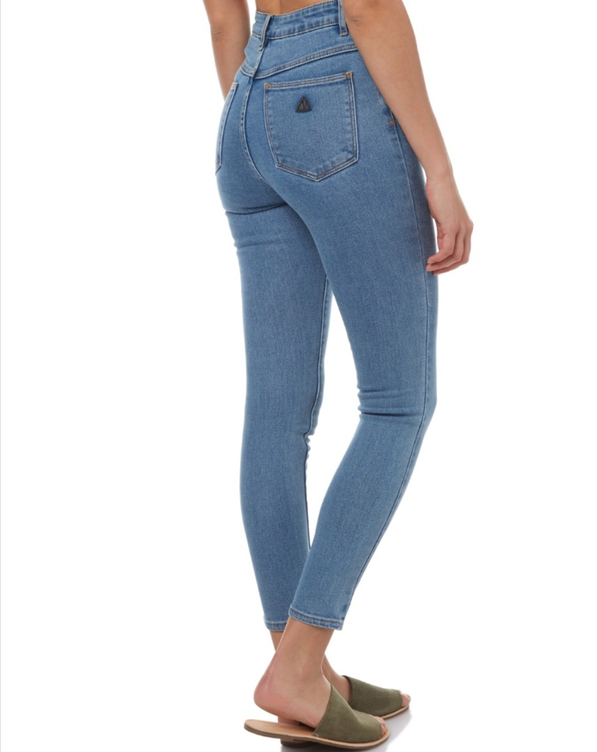 A brand mid waisted ankle bashers skinnies