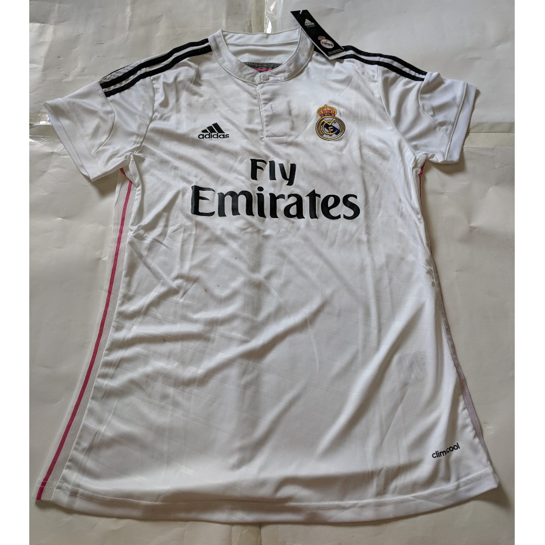 detailed look 69258 4a7fe Cheap New Old Stock Real Madrid Girls Jersey Size L p2p 44cm