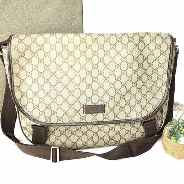 72d6334154df06 Gucci Messenger sling bag, Luxury, Bags & Wallets on Carousell