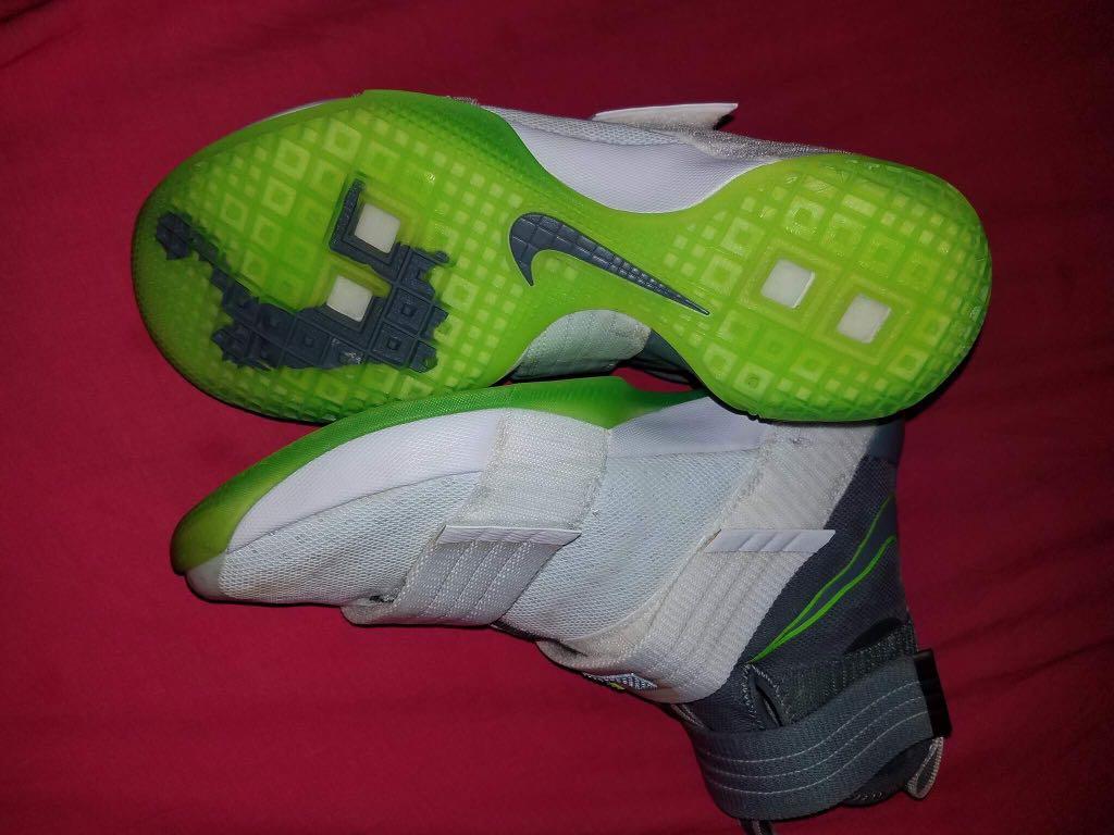 new concept da075 26f92 Nike Lebron Soldier 10 dunk man, Men s Fashion, Footwear on Carousell