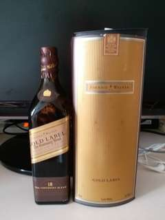 陳年Johnnie Walker Gold Label 18年威士忌200ml  with box.
