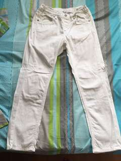 💯% Authentic Uniqlo White Pants